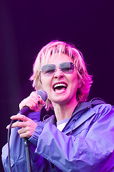 Lulu on the main stage at T in the Park, 9th July 2000..Pic ©2010 Michael Schofield. All Rights Reserved.