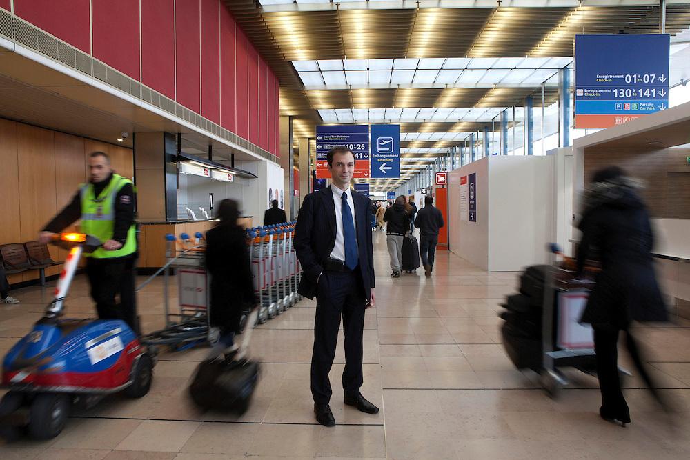 aéroport de paris orly - franck mereyde directeur