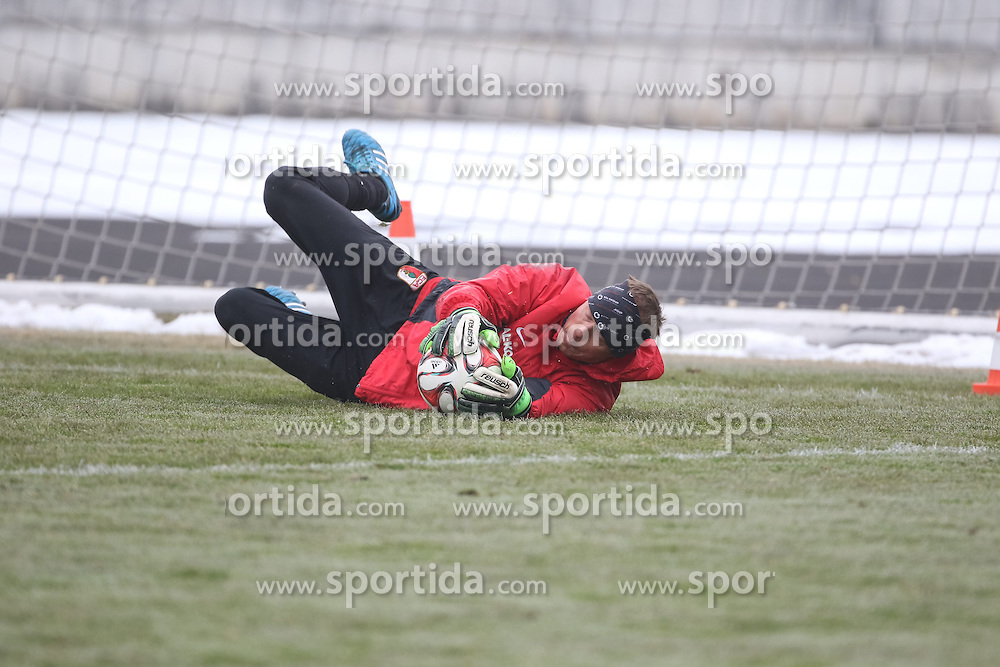 17.02.2015, Trainingsgel&auml;nde, Augsburg, GER, 1. FBL, FC Augsburg, Training, im Bild Alexander Manninger (Torwart FC Augsburg #1) // during a trainingssession of the german 1st bundesliga club FC Augsburg at the Trainingsgel&auml;nde in Augsburg, Germany on 2015/02/17. EXPA Pictures &copy; 2015, PhotoCredit: EXPA/ Eibner-Pressefoto/ Krieger<br /> <br /> *****ATTENTION - OUT of GER*****