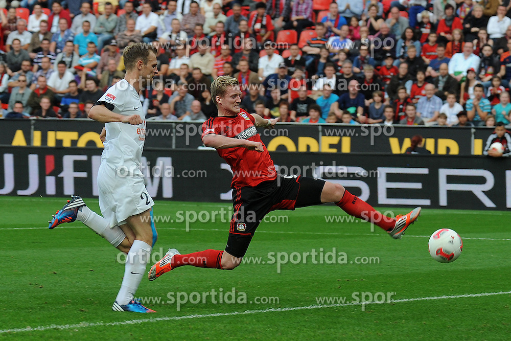 20.10.2012, BayArena, Leverkusen, GER, 1. FBL, Bayer 04 Leverkusen vs 1. FSV Mainz 05, 8. Runde, im Bild Andre Schuerrle ( rechts Bayer 04 Leverkusen ) mit langem Bein gegen Bo Svensson ( links FSV Mainz 05/ Action/ Aktion ) // during the German Bundesliga 8th round match between Bayer 04 Leverkusen and 1. FSV Mainz 05 at the BayArena, Leverkusen, Germany on 2012/10/20. EXPA Pictures © 2012, PhotoCredit: EXPA/ Eibner/ Thomas Thienel..***** ATTENTION - OUT OF GER *****