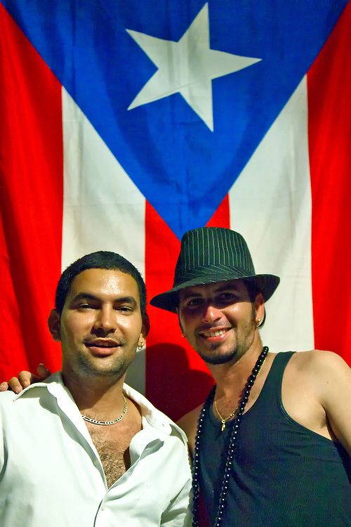 holguin guys Cubans or cuban people (spanish: cubanos) are the inhabitants or citizens of cuba 5,570,825 men and 5,596,500 women white or european, criollo.