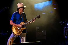 Santana Performs at The Forum