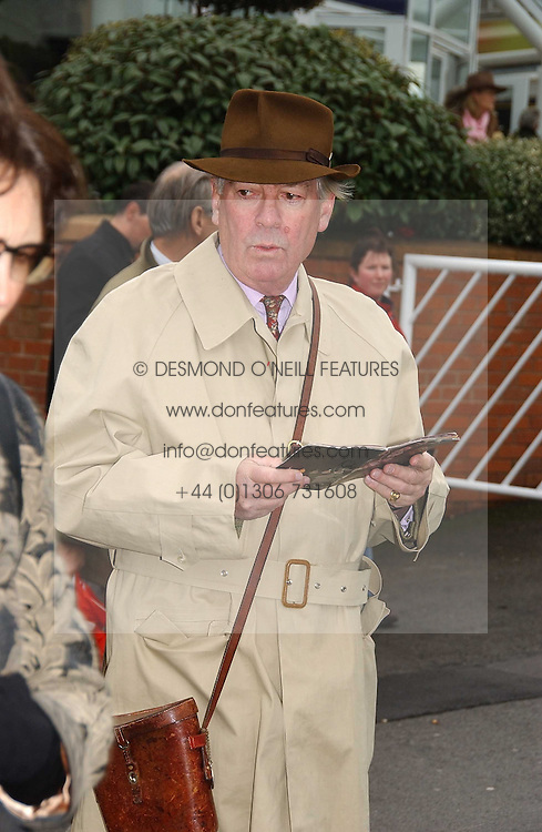 LORD VESTEY at the 50th running of the Hennessy Gold Cup at Newbury Racecourse, Berkshire on 25th November 2006.<br />