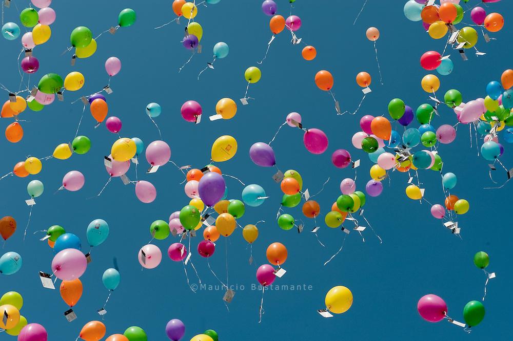 St. Georg: 1029 Ballons für Obdachlose. Caritasverband für Hamburg.