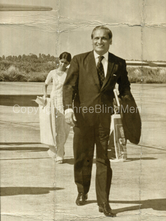 Hector Kobbekaduwa was a Sri Lankan Politician and was the Sri Lanka Freedom Party Candidate in the Sri Lankan presidential election, 1982 which he lost. He was earlier the Minister for Agriculture &amp; Lands from 1970-1977. <br /> Born  August 19, 1916<br /> Died  September 18, 1983 (aged&dagger;67)