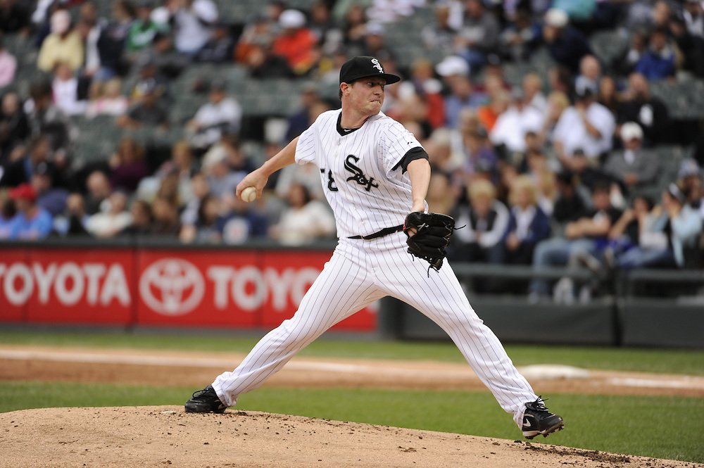 CHICAGO - SEPTEMBER 18:  Lucas Harrell #58 of the Chicago White Sox pitches against the Detroit Tigers on September 18, 2010 at U.S. Cellular Field in Chicago, Illinois.  The Tigers defeated the White Sox 6-3.  (Photo by Ron Vesely)