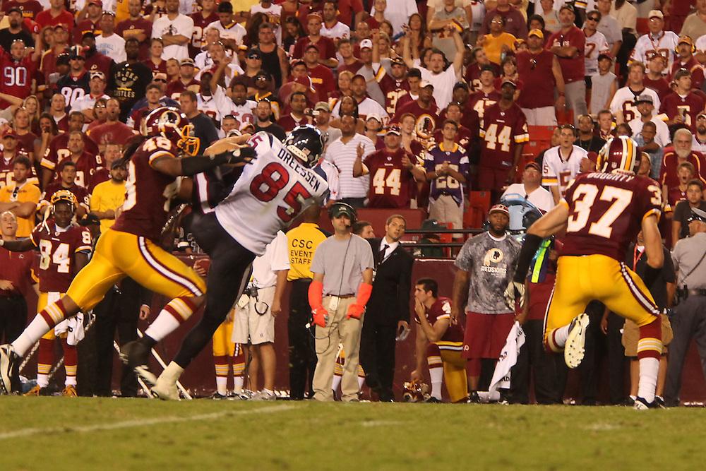 Landover, Md., Sept. 19, 2010 - Washington Redskins vs. Houston Texans - TE 85 Joel Dreessen makes a key catch in OT to set up a game-winning field goal.