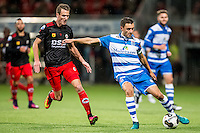 ROTTERDAM - Excelsior - PEC Zwolle , Voetbal , Eredivisie , Seizoen 2016/2017 , Stadion Woudestein , 21-10-2016 , Excelsior speler Kevin Vermeulen (l) in duel met PEC Zwolle speler Bram van Polen (r)