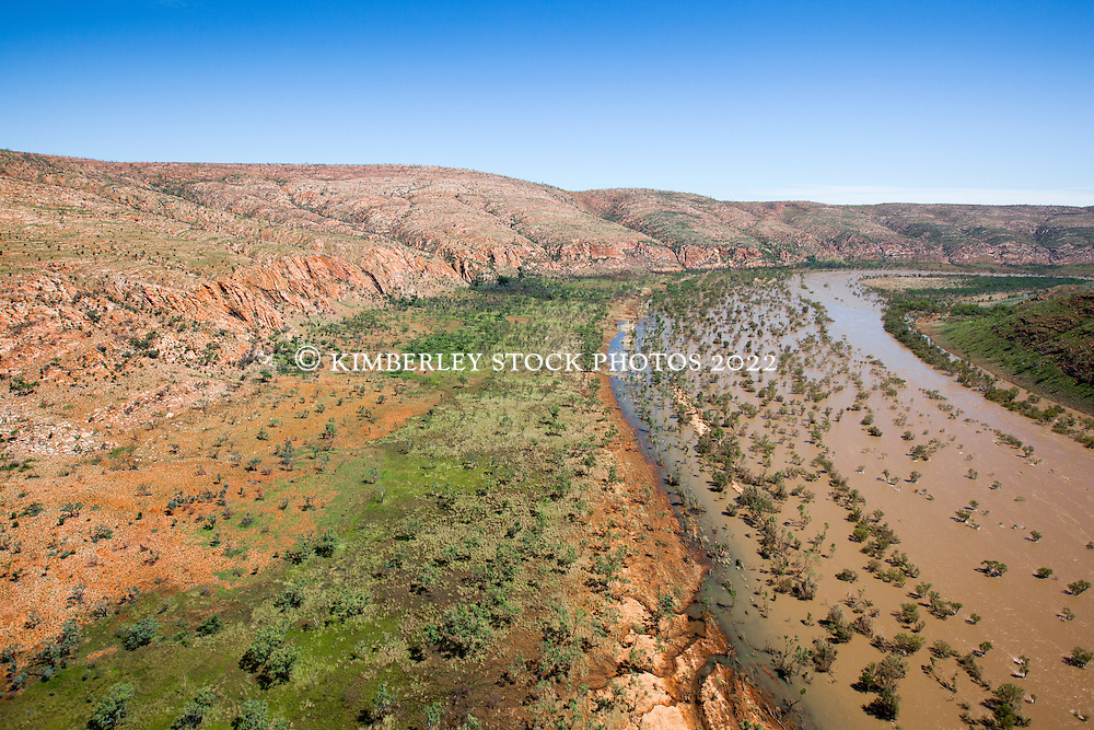 The Fitzroy River winds its way down Dimond Gorge on Old Mornington Station.