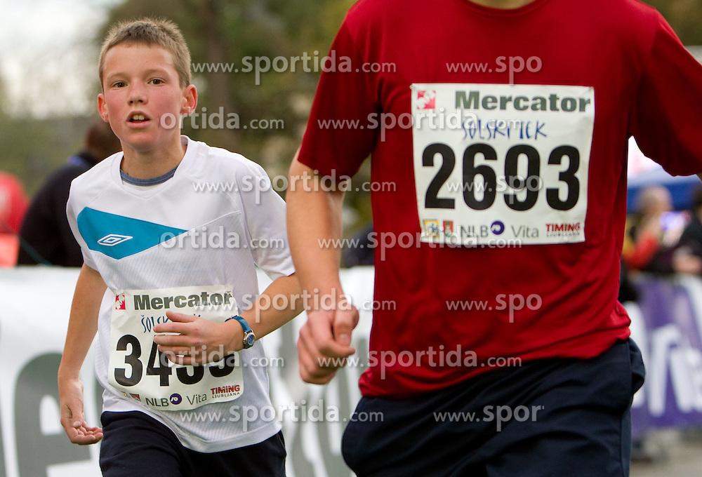 Solski tek, Ljubljanski maraton 2010, on 23. oktober 2010, Ljubljana, Slovenija. (Photo By Vid Ponikvar / Sportida.com)