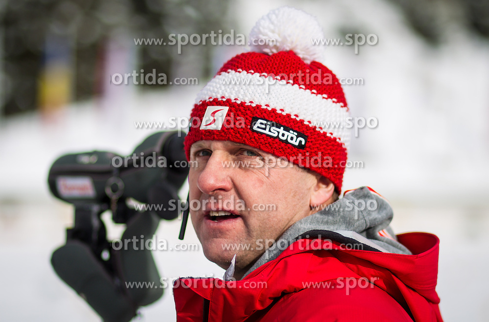 19.01.2013, Suedtirol Arena, Antholz, ITA, E. ON IBU Weltcup, Verfolgung, Damen, im Bild Walter Hoerl (CHEFTRAINER DAMEN, AUT, OESV) during Womens Pursuit of E. ON IBU Biathlon World Cup at the Biathlonstadium in Anterselva, Italy on 2013/01/19. EXPA Pictures © 2013, PhotoCredit: .EXPA/ Juergen Feichter