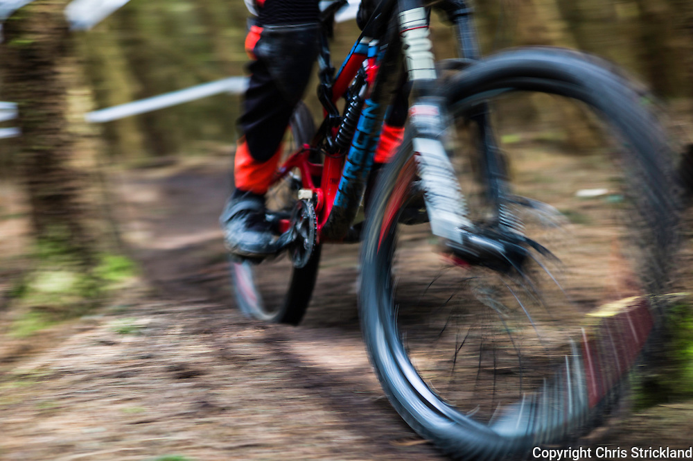 Innerleithen, Peebles, Scotland, UK. 23rd April 2016. Mountain Bikers compete in the 2nd Round of the Scottish Downhill Association (SDA) series on the Innerleithen 7Stanes trails in the Tweed Valley.