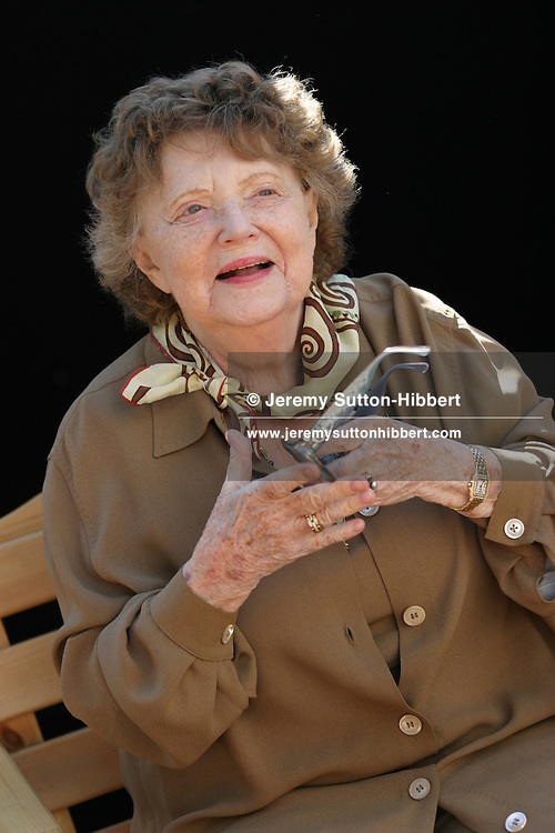 "Muriel Spark, Scottish author, at 21st Edinburgh Book Festival. Author of ""Prime of Miss Jean Brodie"", this is her first appearance at book festival in the 21 year history, and a rare appearance back in her native Edinburgh. She now lives reclusively in Tuscany, Italy..( 7 pictures, non-exclusive)"