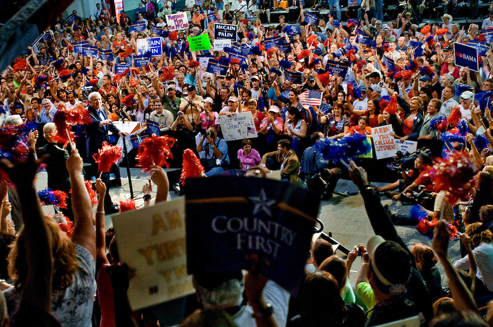 Florida Swingstate..Senator John McCain speaking at a rally in Sarasota, Florida..Photographer: Chris Maluszynski /MOMENT