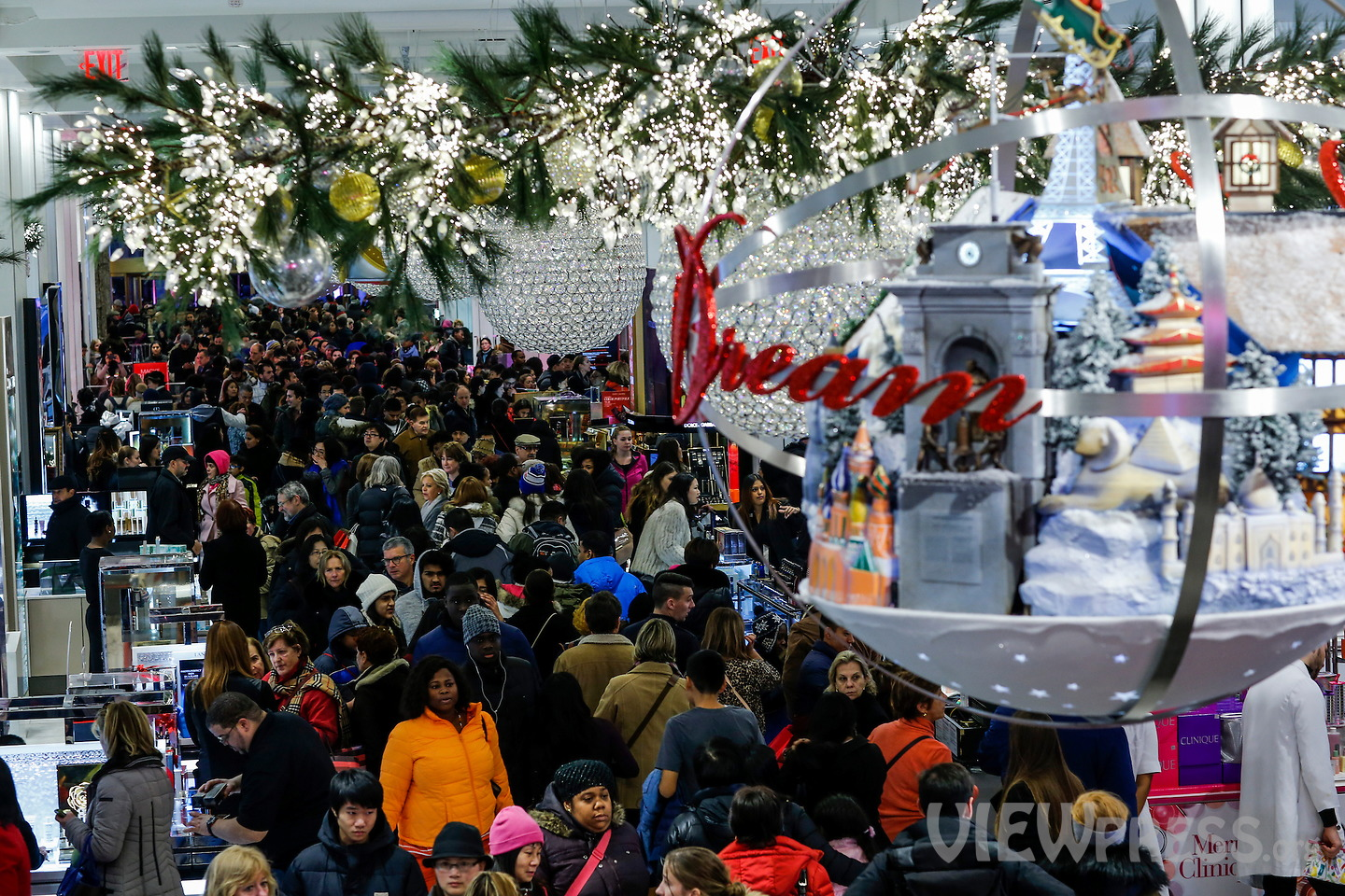 Shoppers crowded stores during black friday in New York