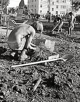In 1969 Students in Berkeley California take over vacant University  land to create People's Park with gardens and free spaces. This ended in protest & rioting when Governor Ronald Regan ordered the National guard to repossess the land.