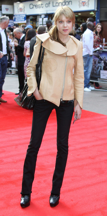 Antonia Campbell Hughes : Celebrity and red carpet pictures