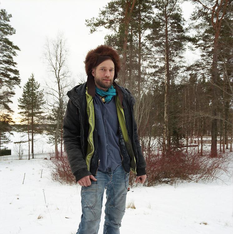 Juha Jarvinen, l'une des 2 000 personnes qui reçoit le revenu de base, chez lui à Kesti