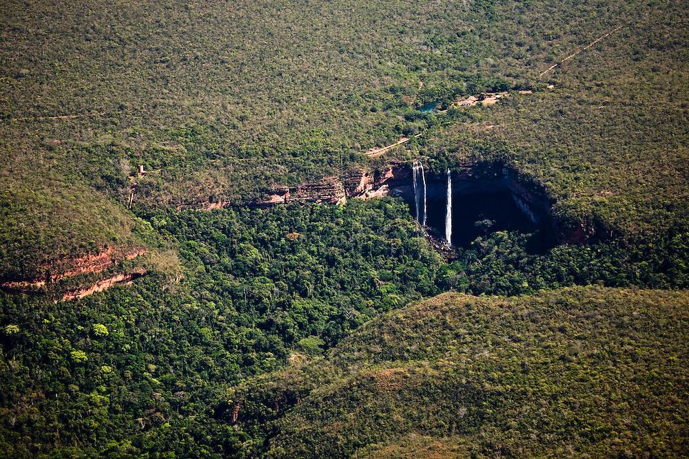 Cachoeira (waterfall) 25 miles North of Tangana Da Serra, Mato Grosso, Brazil, August 9, 2008..Daniel Beltra/Greenpeace
