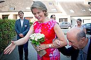 15-9-2016 Louvain-La-Neuve - Queen Mathilde visits Horizons Neuf. The organization is dedicated 50 years to the care of the mentally handicapped and is spread across several locations in Louvain-La-Neuve. The Queen is introduced to clients of the center.<br /> COPYRIGHT ROBIN UTRECHT<br /> 15-9-2016 Louvain-La-Neuve - Koningin Mathilde  bezoekt Horizons Neuf. De organisatie zet zich sinds 50 jaar in voor de zorg aan mentaal gehandicapten en is verspreid over verschillende locaties in Louvain-La-Neuve. De Koningin maakt kennis met cli&euml;nten van het centrum. <br /> COPYRIGHT ROBIN UTRECHT