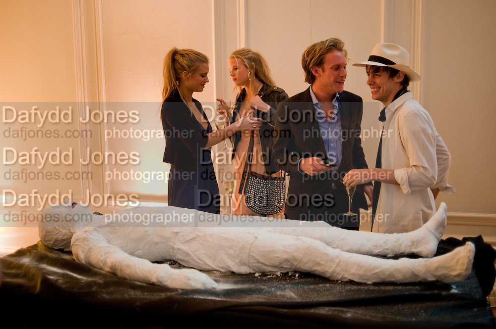 GEORGIA FORBES; GABRIELLA CALTHORPE; ALEX WEBB; JOHNNIE BORRELL, , The Quintessentially and Perrier-Jou&lsquo;t Summer Party at The Orangery at Kensington Palace. London. 18 June 2009<br /> GEORGIA FORBES; GABRIELLA CALTHORPE; ALEX WEBB; JOHNNIE BORRELL, , The Quintessentially and Perrier-Jou&euml;t Summer Party at The Orangery at Kensington Palace. London. 18 June 2009