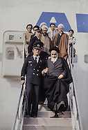 2081 Imam Khomeyni at the airport