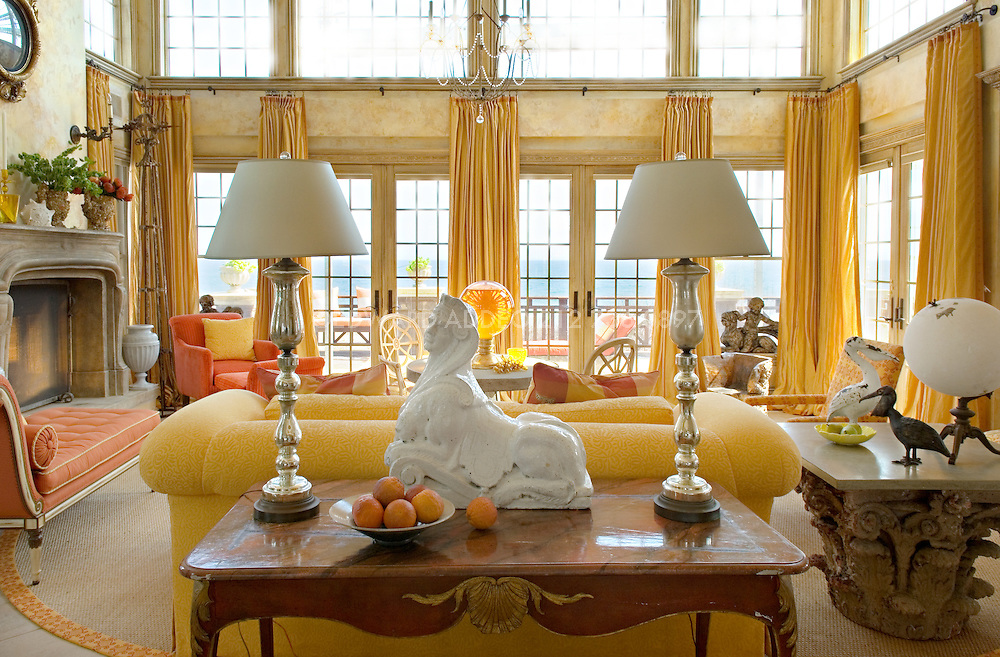 The renowned interior designer Barry Dixon had lived as a child in exotic countries - Korea, French Polynesia, India, South Africa - and as a global nomad he absorbed many distinguished influences from his travels. Now he employs them in his work which blends classical architecture and traditional inspirations with elements of modern design.