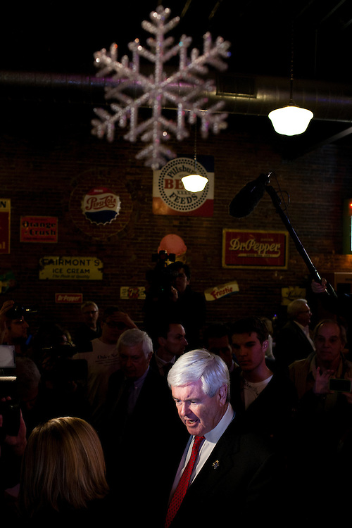 Republican presidential candidate Newt Gingrich speaks to supporters at Smokey Row Coffee House on Tuesday, December 20, 2011 in Oskaloosa, IA.