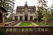 Bozarth Mansion & Retreat Center