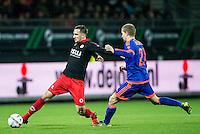 ROTTERDAM - SBV Excelsior - Feyenoord , Voetbal , Seizoen 2015/2016 , Eredivisie , Stadion Woudestein , 28-11-2015 , Excelsior speler Jeff Stans (l) in duel met Speler van Feyenoord Simon Gustafson (r)