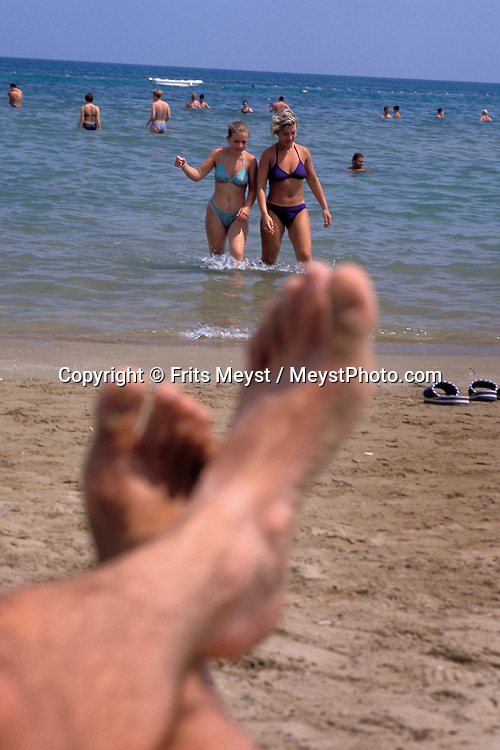 Alanya, Antalya, Turkey, 2004. Beach life in Alanya Many holidaymakers find their way to the Turkish riviera to enjoy the sun and Turkish hospitality. Photo by Frits Meyst/Adventure4ever.com