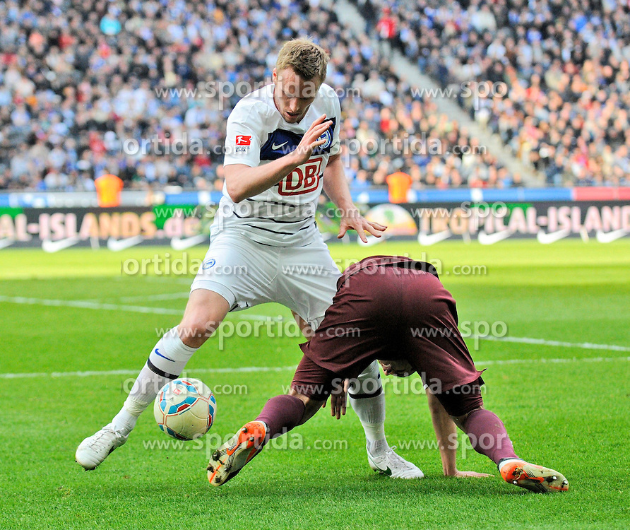 21.04.2012, Olympiastadion, Berlin, GER, 1. FBL, Hertha BSC Berlin vs 1. FC Kaiserslautern, 32. Spieltag, im Bild Christian LELL (Hertha BSC/links) im Duell mit Andrew WOOTEN (1. FC Kaiserslautern) // during the German Bundesliga Match, 32th Round between Hertha BSC Berlin and 1. FC Kaiserslautern at the Olympiastadium, Berlin, Germany on 2012/04/21. EXPA Pictures © 2012, PhotoCredit: EXPA/ Eibner/ Johannes Koziol..***** ATTENTION - OUT OF GER *****
