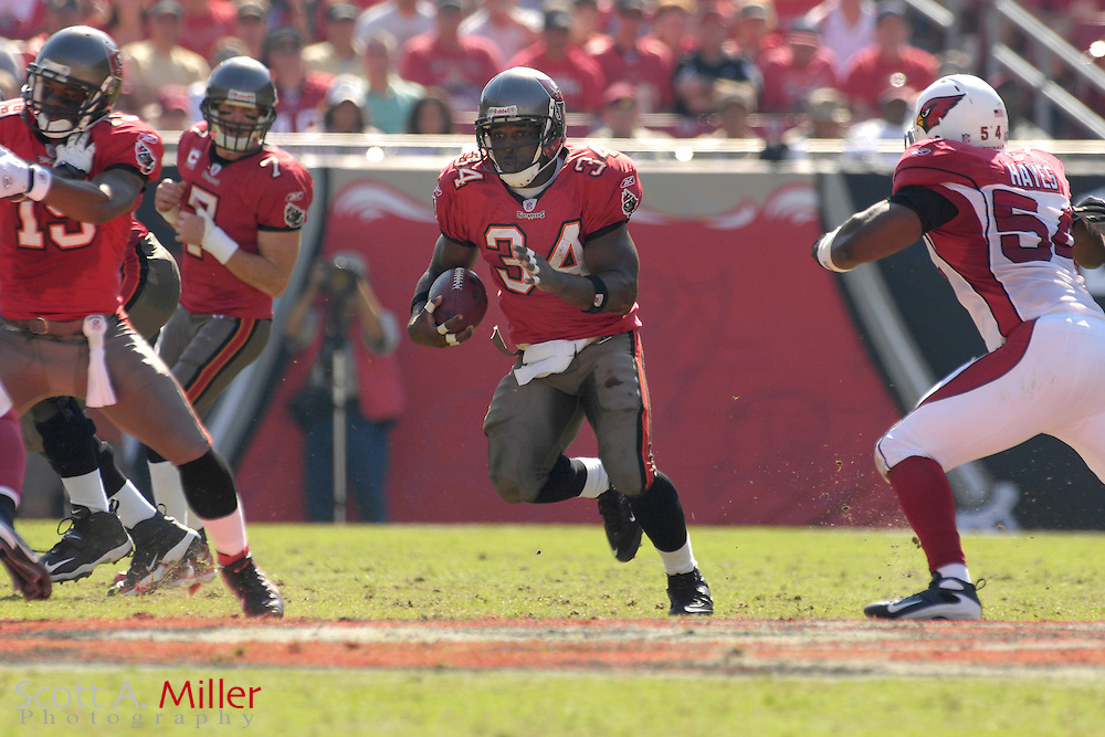 Nov. 4, 2007; Tampa, FL, USA;  Tampa Bay Buccaneers running back (34) Earnest Graham in action during the Bucs 17-10 win over the Arizona Cardinals at Raymond James Stadium. ...©2007 Scott A. Miller