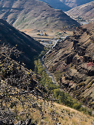 Boggan's Oasis in the Grande Ronde River Canyon at the bottom of Rattlesnake Grade of WA State Route 129 - Asotin County, WA, USA