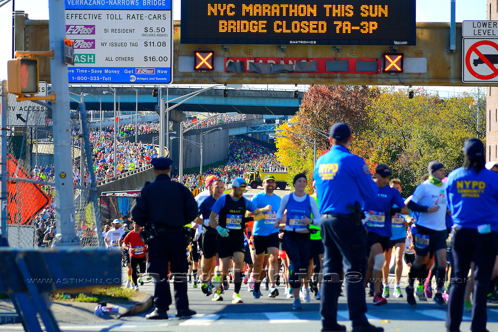 New York Marathon runners coming from Verrazano-Narrow Bridge, New York City, NY. 2016