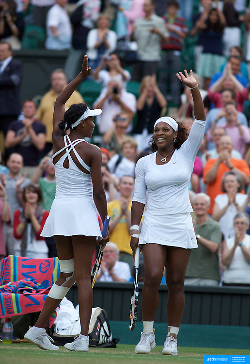 Sisters Serena Williams (right) and Venus Williams, USA in the Ladies Doubles Final at the All England Lawn Tennis Championships at Wimbledon, London, England on Saturday, July 04, 2009. Photo Tim Clayton