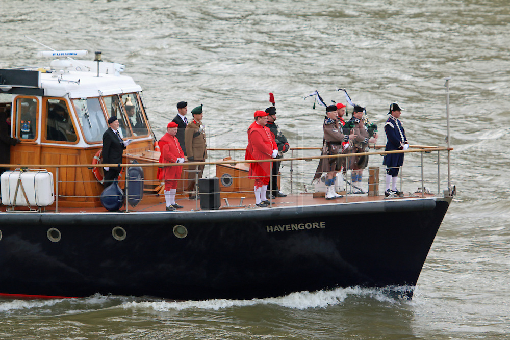 CHURCHILL'S THAMES FUNERAL REMEMBERED | London News Pictures