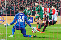 ROTTERDAM - Feyenoord - FC Groningen , Voetbal , Eredivisie , Seizoen 2016/2017 , Feijenoord stadion de Kuip , 11-02-2017 ,  FC Groningen speler Mimoun Mahi stuit  op Feyenoord speler Brad Jones (l)