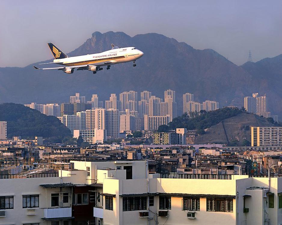 Singapore Airlines B747-400, Hong Kong