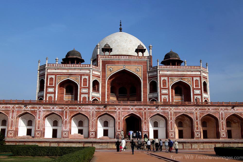 Asia, India, Delhi. Humayun's Tomb, a UNESCO World Heritage Site.