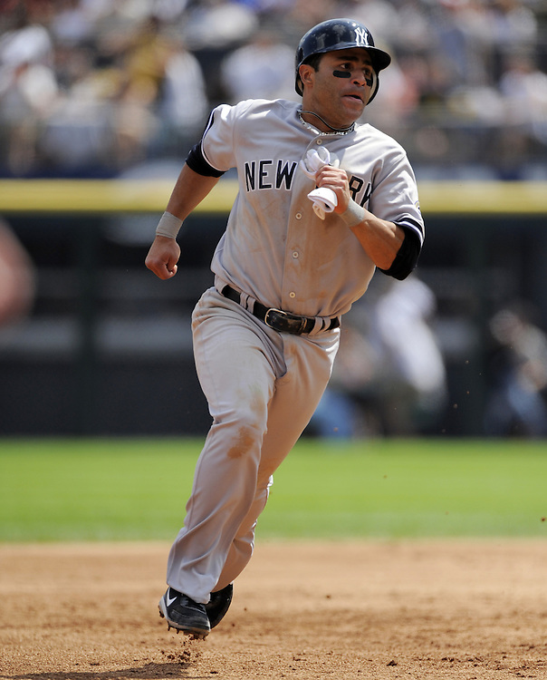 CHICAGO - AUGUST 02:  Jerry Hairston Jr. #17 of the New York Yankees runs the bases against the Chicago White Sox on August 2, 2009 at U.S. Cellular Field in Chicago, Illinois.    The Yankees defeated the White Sox 8-5.  (Photo by Ron Vesely)