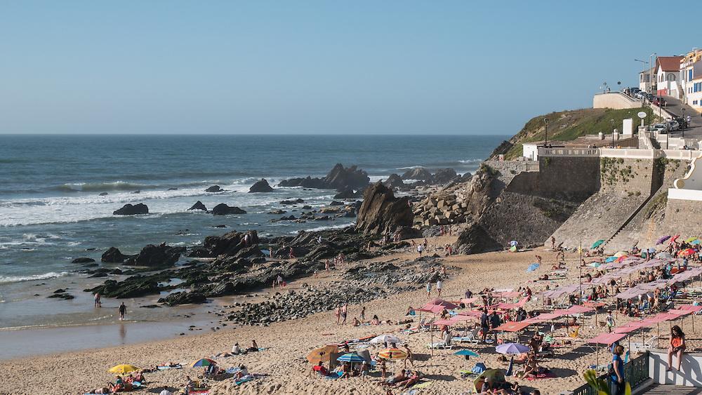 A much smaller and nicer beach called São Pedro de Moel.