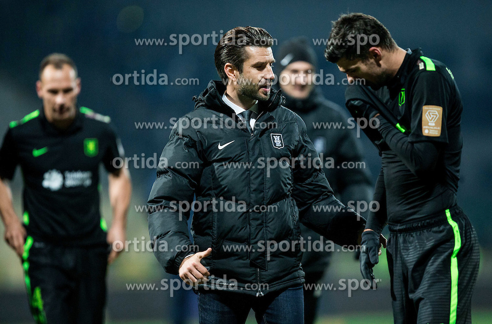 Luka Elsner, head coach of NK Olimpija and Rok Kronaveter of NK Olimpija during football match between NK Kalcer Radomlje and NK Olimpija Ljubljana in 20th Round of Prva liga Telekom Slovenije 2016/17, on December 4, 2016 in Sports park Domzale, Slovenia. Photo by Vid Ponikvar / Sportida