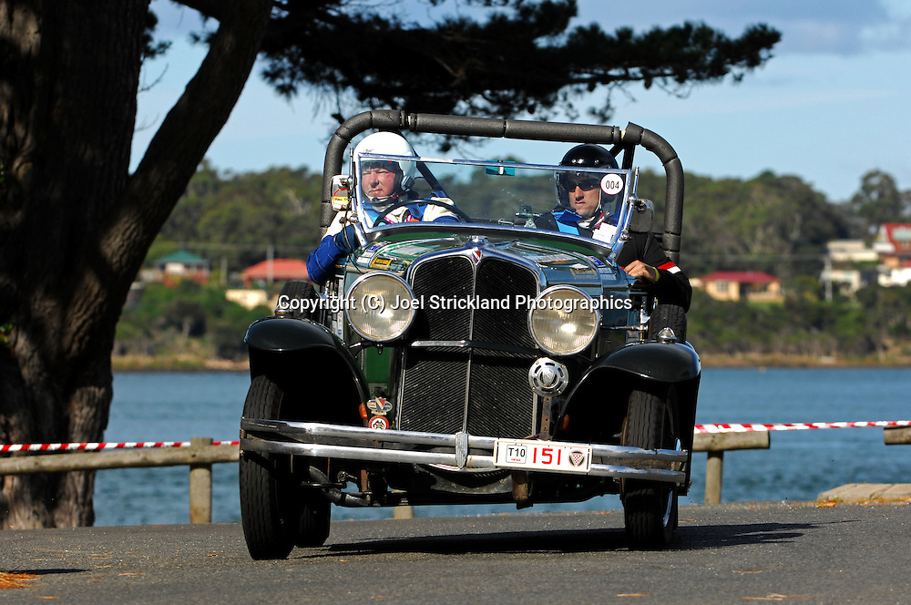 #151 - John Felder & Craig De Somerville - 1930 Oakland 8-101.Prologue.George Town.Targa Tasmania 2010.27th of April 2010.(C) Joel Strickland Photographics.Use information: This image is intended for Editorial use only (e.g. news or commentary, print or electronic). Any commercial or promotional use requires additional clearance.