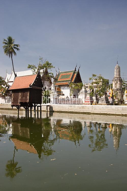 Scenes of Wat Yai Suwannaram, Phetchaburi, Thailand