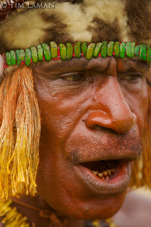 Man from Eastern Highlands Province, Bena District..Goroka, Eastern Highlands Province, Papua New Guinea.