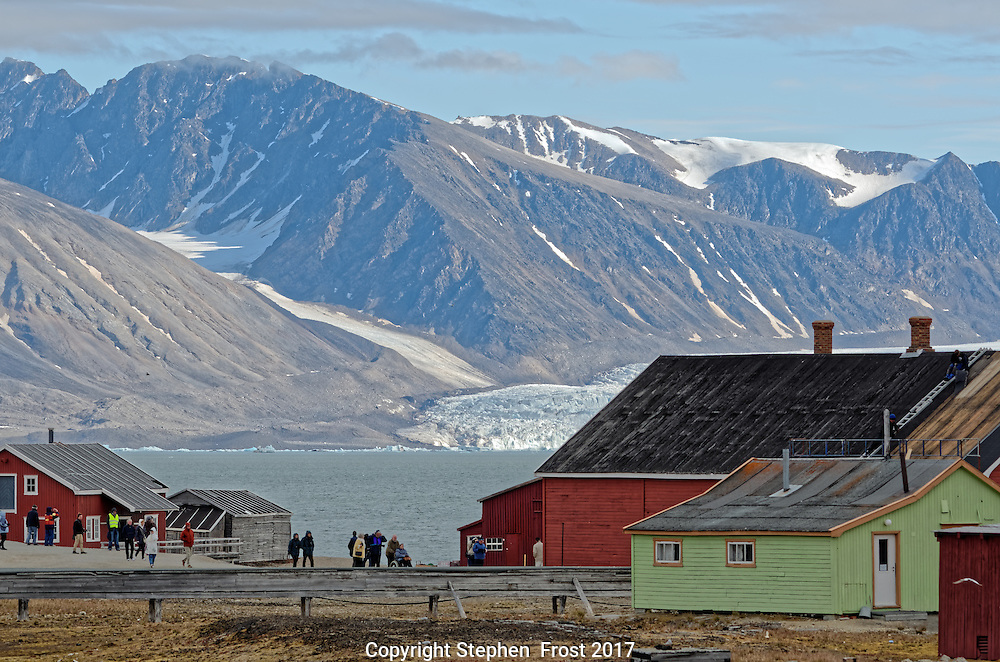 A view of the research station of Ny-&Aring;lesund, on Svalbard.<br /> <br /> Svalbard, formerly known as Spitsbergen, is a Norwegian Archipelago in the Arctic Ocean.
