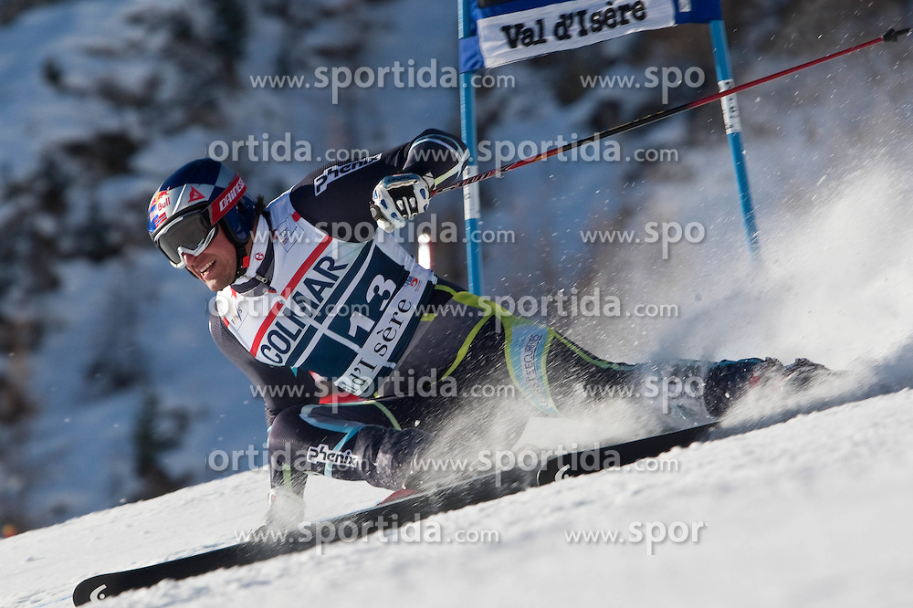 11.12.2010, The Bellevarde race piste, Val D Isere, FRA, FIS World Cup Ski Alpin, Men, Giant Slalom, im Bild SVINDAL Aksel Lund (NOR)  speeds down the course whilst competing in  the FIS alpine skiing world cup giant slalom race on the Bellevarde race piste Val D'Isere, EXPA Pictures © 2010, PhotoCredit: EXPA/ M. Gunn