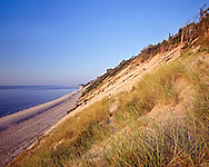Mattituck Coast with Cliffs, Mattituck, New York, clear day