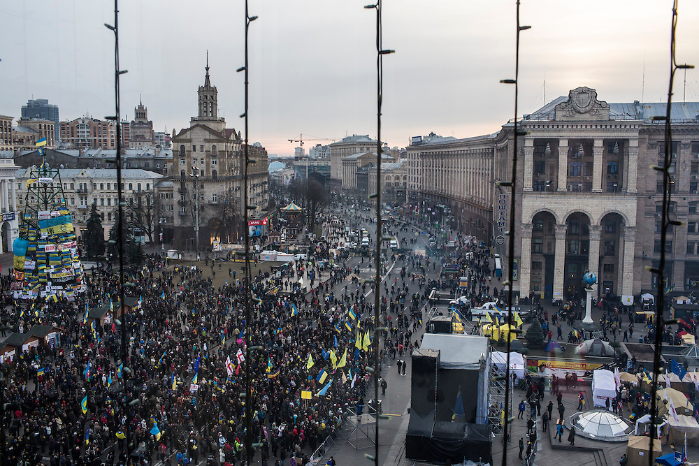 KIEV, UKRAINE - DECEMBER 4: Anti-government protesters rally in Independence Square on December 4, 2013 in Kiev, Ukraine. Thousands of people have been protesting against the government since a decision by Ukrainian president Viktor Yanukovych to suspend a trade and partnership agreement with the European Union in favor of incentives from Russia. (Photo by Brendan Hoffman/Getty Images) *** Local Caption ***
